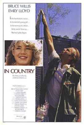 "11. ""In Country"" (Vietnam – Verità da dimenticare) con I'm on FireRegia di Norman Jewison, USA 1989"
