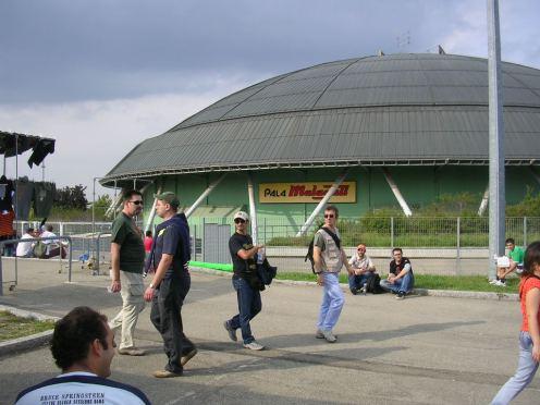 Palamalaguti Bologna - 1 Ottobre 2006 - foto da www.singsing.org
