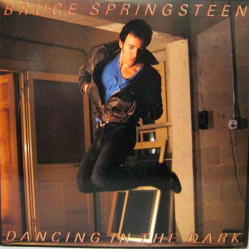 dancingdark_grande