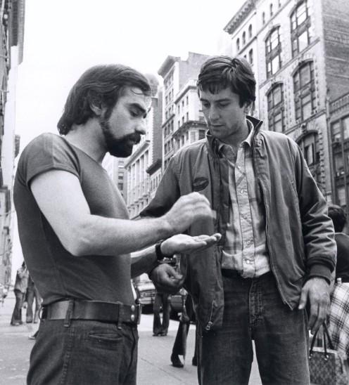 Martin Scorsese (New York, 17 novembre 1942) e Robert De Niro sul set di Taxi Driver