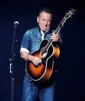 Bruce-Springsteen-stand-up-for-heroes-2018
